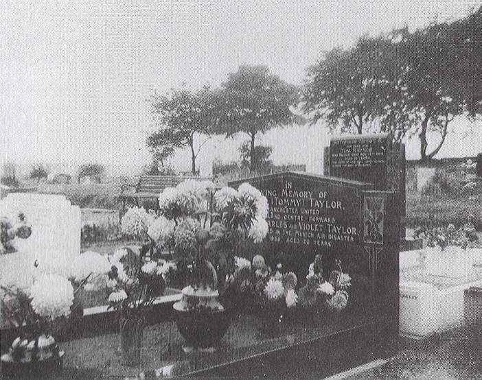 Tommy Taylor Grave